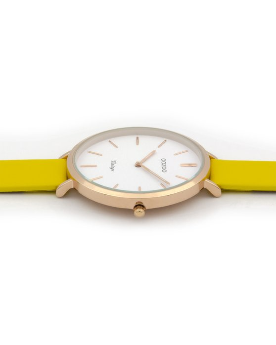 OOZOO Vintage Yellow Leather Strap